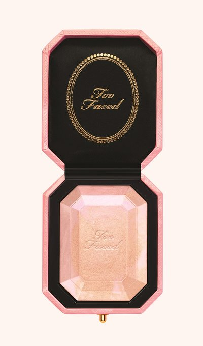 Too Faced Pretty Rich Multi-Use Diamond Fire highlighter