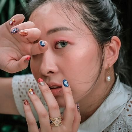 Christy Ho's oriental-theme vacation nails