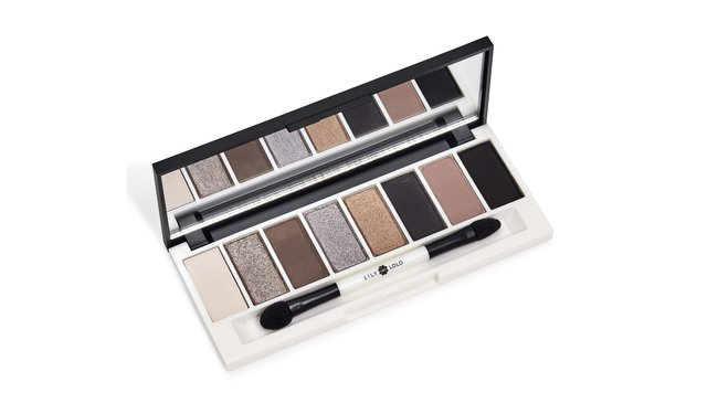 A Modern Woman's New Essentials - Lily Lolo Eye Palette