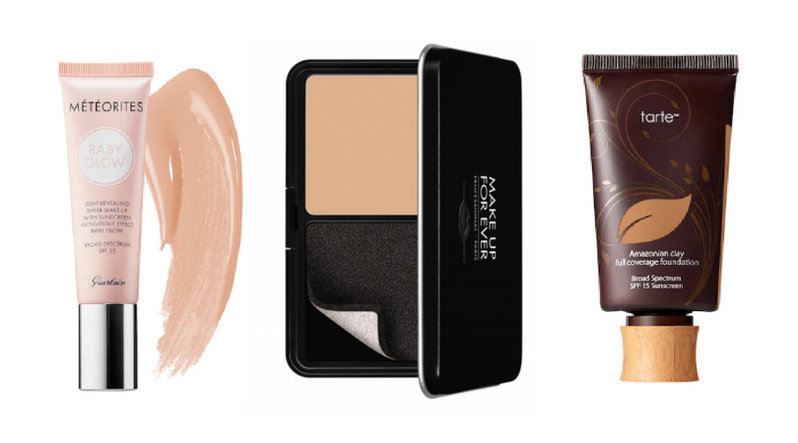 A compact foundation in between two tubes of liquid foundation