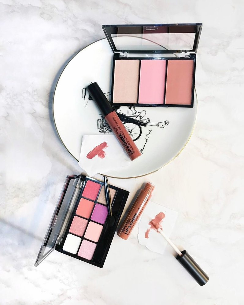 Lip and cheek tints with blush palettes