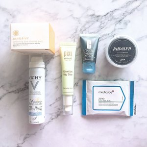 ✨New Year International Giveaway #2✨ Hi everyone! I'm back with my 2nd beauty giveaway to celebrate 2019! This set includes: 🔹innisfree whitening pore sleeping pack 🔹Vichy UV Protect Spray 🔹Pixi Beauty Glowtion Day Dew 🔹Clinique Charcoal Cleansing Gel 🔹Lush Rudolph Jelly Face Mask 🔹medicube zero pore pad mini 1 lucky follower will win all the items listed above. All you have to do: 1. Follow me @tebisha 2. Like my 6 recent posts including this post. 3. Comment below and tag 3 friends in 1 comment! 4. Multiple entries allowed. 5. Open to all! International Giveaway 6. Giveaway will closed on 12 Jan, 10pm. . . .  #giveaway #sggiveaway #beautygiveaway #internationalgiveaway #beautytalk #beautychat #beautylover #beautyaddict #beautyjunkie #sgbeauty #beautysg #instabeauty #flatlay #bblogger #clozette #beautycommunity #skincarecommunity @contestjunkies1 @sgcontest