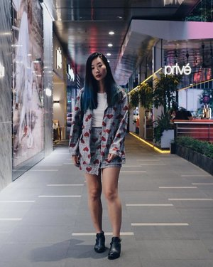 CHECKS x HEARTS II ♥️ x #axdelwenthreads #clozette #lookbooksg #ootdsg #lookbookasia #ootdmagazine #lotd #igers #vscocamsg #streetfashion #sgigstyle #fashionigers #vscocamsg #igsg #chictopia #stylesg #igersingapore #stylexstyle #vscosg #lookbooknu #fashiondiaries #weheartit #fblogger #styleblogger #streetstyle #sgstreetstyleawards #throwback #stylesearch #hairbyxavierleong 📷: @christyfrisbee 💕