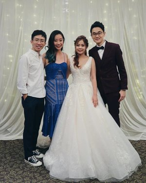 HLxWC 💍👰🏻🤵🏻 First wedding attended in 2019 First wedding attended with @fishermansng ♥️ x #huilikorsthislove #wedding #hoteljentanglin #clozette #throwback #igers #igsg #vscocam #vscosg #vsco #ootdsg #ootd #lotd #groupshot #photobooth #vscocamsg