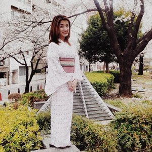 Couldn't prepare for United Nations Day at work aka school, so here's a throwback! 🎌👘 #noticemesenpai #notyourwaifu #unitednationsday #unitednationscostume #japanesekimono #travelrepost #travelthoughtsph #travel #TravelokaPH #japan_vacations #japantravel #japaneseculture #stylefeedph #clozette @clozetteco #bloggerbandfam @blogger.band #Fashionsuspect @crimesoffashion.ph #phstreetstyle @phstreetstyle @basicbloggersph #basicbloggersph