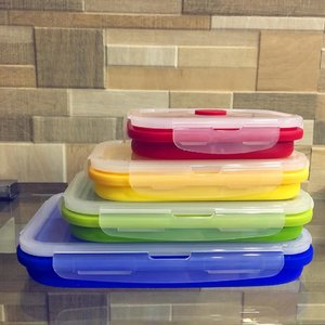 Another addition to my collapsible stash is my #collapsiblefoodcontainers . Perfect for take out or left overs; an alternative to aluminum foil or styro. 💚 #minimizewaste #buhayzerowaste #zerowastelifestyle #zerowaste #mommyblogger #momblogger #yellowmum #mommybloggerph #mombloggerph #yellowyum #msyellowyum #lifestyle #lifestyleblogger #blogger #manilablogger #lifestylebloggerph #youtube #youtuber #youtuberph #clozette #vlogger #vloggerph #pinayvlogger #bloggerph