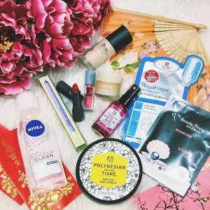 Chinese New Year is just around the corner and I want you to look your best!  Ive handpicked some of my fave items to put together a $100 hamper! 1) follow Junedujour on instagram and Facebook page2) like my last 6 posts3) tag 3 friends in the comments section below!Giveaway ends on 9 feb and winner will be announced then. Open to my Singaporean followers...but stay tuned for my intentional giveaway soon! #clozette #sggiveaway #giveawaysg #luckdrawsg #skincaretalk #makeupaddict #igsg #sgshopping #laneigesg #thebodyshopsg #etudehousesg #niveasg #sgcontest