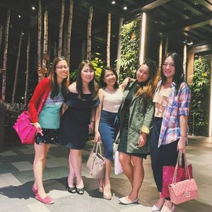 To the ones who truly matter... 17 years and counting! Thank you loves for being there no matter how busy life takes us. Perhaps we will finally learn how to adult?  #clozette #sgstreetstyle #friendsforlife #dinnerdate #wefie #bestof2018