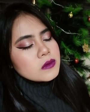 Extra & Cozy  PRODUCTS USED🔽 @wetnwildbeauty Coloricon Brow Pencil in Black Ops  BASE: @carelineph Oil Control Liquid Make Up in Natural @wetnwildbeauty Photofocus Concealer in Light Ivory @everbilenaofficial Sculpt & Strobe in Medium  MyPosh Shine Free Pressed Powder in Ivory @ebadvance Blush Duo in Golden Goddess  EYES: @everbilenaofficial EB Pro Beauty Brick Eyeshadow Palette @wetnwildphilippines Rose in the Air palette @carelineph Graph-ink Liner, Go Long! Mascara  LIPS: Lucas Papaw @everbilenaofficial EB Matte in Vivid Violet  #makeup #makeupideas #makeupvideos #aesthetics #glam #makeuptutorial #wetnwild #everbilena #ebadvance #carelinegang #photofocus #clozette #japanese #korean #eyeshadow #eyemakeup #tumblr #MOTD #sweater #extra #mood #violet #art #undiscovered_muas