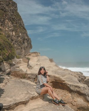 Promote the beauty that is home.  Can't remember how many times I've visited Kapurpurawan Rock Formation but it always take my breath away. ✨🌊⛰ Wearing this comfy set from @zealo.ph go check them out and get some outfits for your travels! ✨  #clozette #bloggersinteractiveph #PatrishWears #ilocosnorte