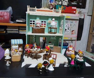 Thank you @hiokity for my xmas birthday and fulfilling my childhood dream of having #sylvanianfamily #clozetteco #clozette #clozettecosg #blessed #xmas #xmaslove #merrychristmas