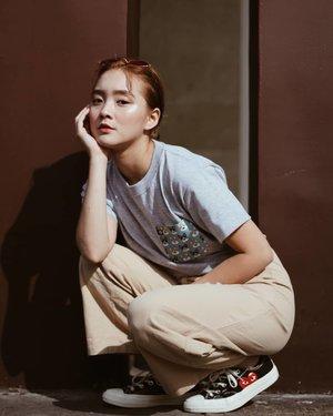 📸 @cylangkayphotography shirt: @thriftapparelmnl @clozetteco #clozetteco #clozette #sponsored #sponsoredpost