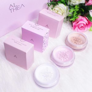 So good things really do come in small packages 💓. From the scent to the look to the texture of the petals, @altheakorea Petal Velvet Powder is simple perfect . It is made with micro-fine particles that SURPRISINGLY minimize the appearance of my pores and when I touch my skin, it really feels like the texture of petals! 🌷 . Aside from the Translucent, I'm also loving the Warm beige & their special editon; Pink Lavender. Definitely these 3 are a must-have! . . Celebrate this holiday season with Althea's Petal Velvet Powder. Get yours now for only ₱210 with FREE SHIPPING.Use code: PBSHIP . . #AltheaKR #clozette #petalvelvetpowder