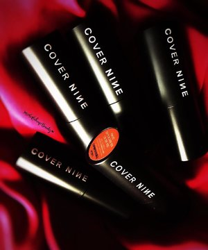 Happy New Year dolls! I'm starting the year with a new fave the @Covernine_Official  Color in Magnetfit Tints💋 My Full review of these amazing tints is now up on my blog 💋💋💋💋 . . . . . .  Link of my Review:  https://insidemakeupbeauty.wordpress.com/  Check out the Color in Magnetfit Tints 👇🏼👇🏼👇🏼 http://hicharis.net/InsideMakeupBeauty/cni  #COVERNINE #MAGNEFITTINT #LIPTINT #charis #CHARISSTORE #charisAPP @charis_official @hicharis_official  @covernine_official