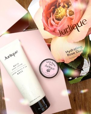 Major ❤️for this Hydrating Rose Duo! Can't get enough of the lovely scent. 👉🏻Get them from Jurlique boutiques Singapore!