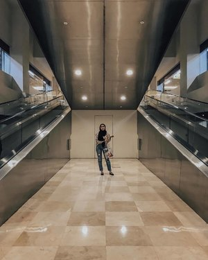 When there's nobody at KLCC's travelator