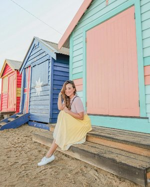 Finally have a photo at Brighton Bathing Boxes! Thanks @jancarriola for taking us here and for taking my photo. 😘♥️🤗 #clozette