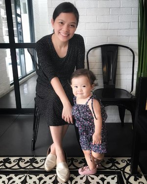 Seeing this photo made me realize Arya poses better than I do.😂 Bakit ganun?! Lol! #clozette #ootd #mommyandme #babyootd #BabyAryaShark