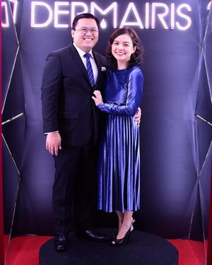 My forever date.☺️ Thanks for being the best IG husband (and IG dad to Arya! Hihi!)😃💙 #clozette #ootd #ootn #EBloggersBall @e_philippines @dermairis